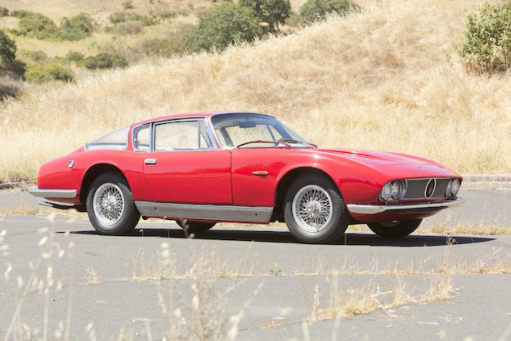 1962 Maserati 3500 GT. Efter en skade i 1965, fik den nyt karrosseri hos Italienske Moretti i 1966. Bilen er bevaret i dag i den seneste version.