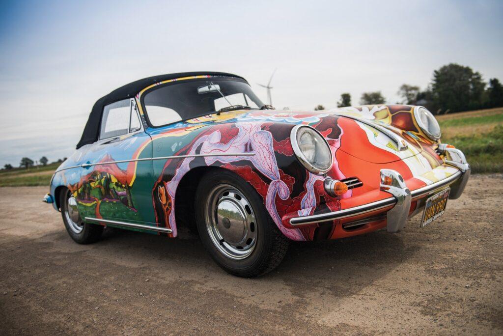 1964 Porsche 356 C Cabriolet. Købt i 1968 af sangerinden Janice Joplin og kort tid efter bemalet af hendes roadie Dave Richards. Bilen er bevaret og lakeringen senere genskabt.